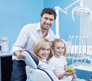 Дитяча стоматологія без сліз та образ