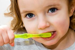 Дитяча профілактична стоматологія