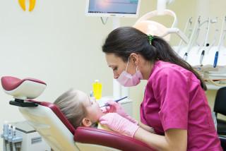 Карієс молочних зубів