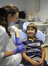 Професійне чищення зубів для дітей