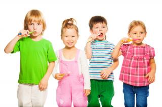 Як правильно зміцнити зуби